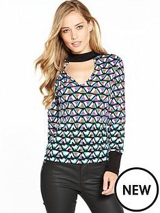 karen-millen-pyramid-geometric-print-jersey-top