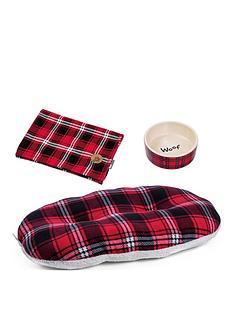petface-festive-tartan-dog-bundle--blanket-bed-and-bowl