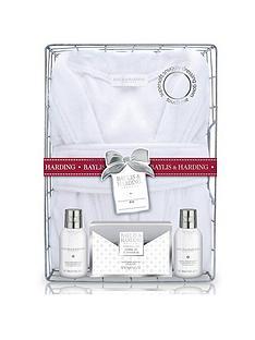baylis-harding-baylis-amp-harding-jojoba-silk-amp-almond-oil-gown-gift-set