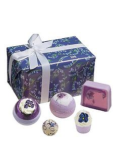 bomb-cosmetics-bomb-cosmetics-blooming-bluebell-gift-set