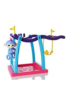 fingerlings-playset-and-monkey