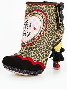 irregular-choice-fierce-piggy