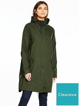 fred-perry-lightweight-fishtail-parka-hunting-green