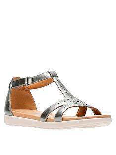 0755357441d Clarks Un Reisel Mara Gladiator Flat Sandal - Pewter