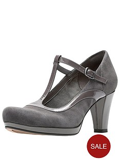 clarks-chorus-pitch-t-bar-heeled-shoe