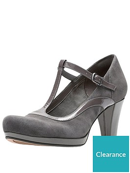 clarks-chorus-pitch-t-bar-heeled-shoe