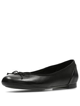 clarks-couture-bloom-ballerina-shoe-black