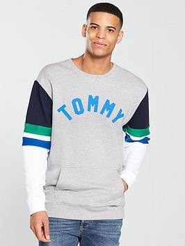5b384259f1c4ce Tommy Jeans Colourblock Crew Sweat - Grey