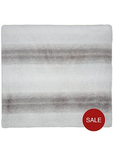 catherine-lansfield-ghost-faux-fur-cushion