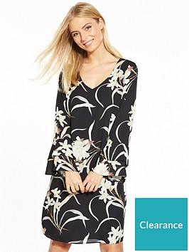 wallis-oriental-bloom-flute-sleeve-dress
