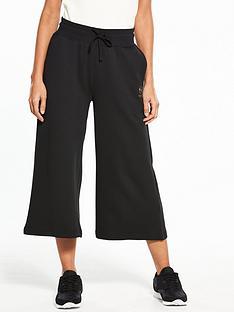 reebok-classics-wide-leg-crop-pants-blacknbsp
