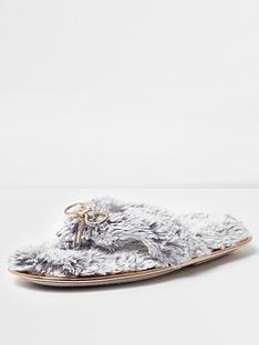 river-island-grey-flip-flop-slippers