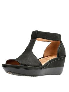 clarks-wynnmere-avah-t-bar-wedge-sandal-black