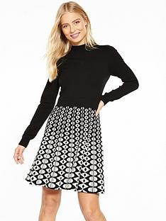 karen-millen-graphic-knit-dress