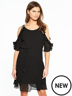 karen-millen-ruffle-sleeve-dress