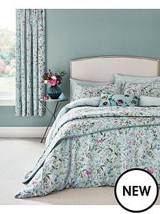 va-botanica-bedspread-throw