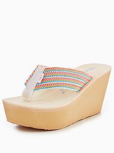 rocket-dog-groovy-stripe-platform-sandal