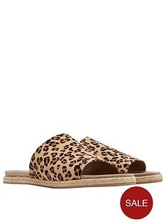 joules-leather-molded-slide-sandal-leopardnbspprint
