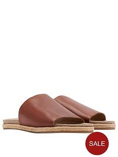joules-leather-molded-slide-sandal-tan