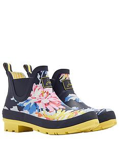 joules-short-printed-whistable-wellibob-welly