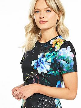 Pick A Best Cheap Sale Footaction Shift Oasis Dress Fairytale 100 Original Sale Online Exclusive Original Online kGztF0y7
