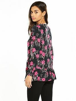 Free Shipping Footlocker Pictures Limited Edition Cheap Price Print Very Hem Jersey Top  V Petite Floral Ruffle by ydWk9vNY