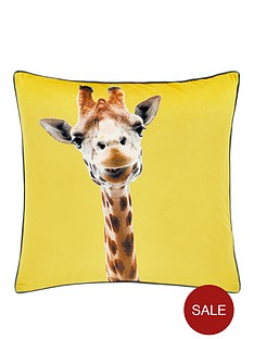 catherine-lansfield-giraffe-cushion