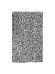 cuddly-shaggy-rug