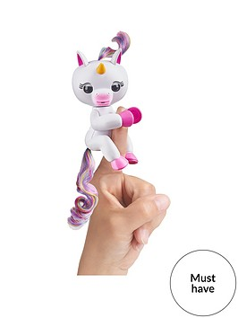 fingerlings-wowweenbspunicorn-white