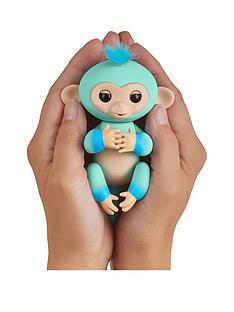 fingerlings-fingerlings-ombre-monkey-all-blue-eddie