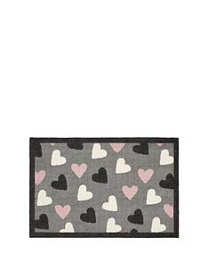 heart-indoor-doormat