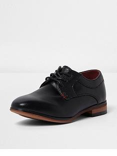 river-island-mini-boys-black-point-shoe