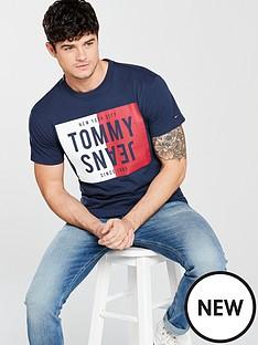 tommy-jeans-split-box-t-shirt