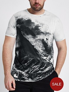 river-island-big-and-tall-muscle-fit-landscap-tshirt