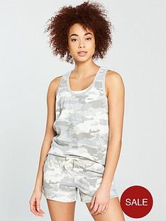 nike-sportswear-gym-vintage-camo-tank-top
