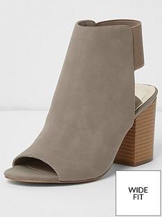 river-island-wide-fit-block-heel-suede-shoe-boot--grey
