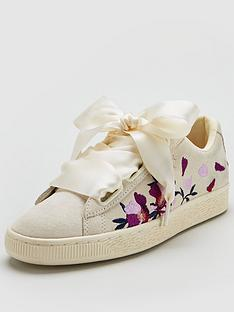 puma-suede-heart-embroidered-flowery