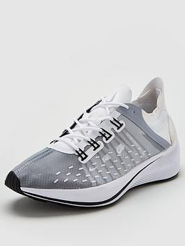 nike-future-fast-racer-trainers