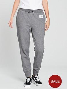 calvin-klein-jeans-sweat-pant-mid-heather-grey