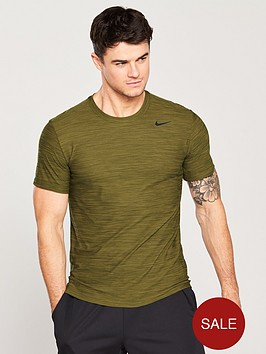 nike-training-dry-breathe-t-shirt