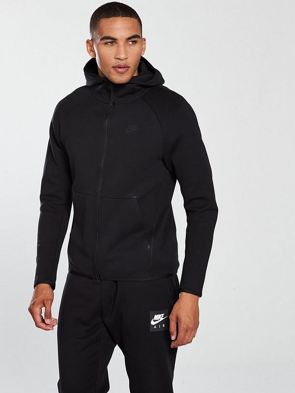 completo nike tech fleece