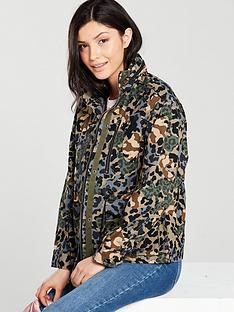 converse-premium-utility-camo-jacket-multinbsp