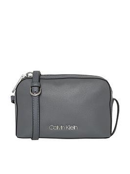 Camera Bag Grey Calvin Drive Klien Calvin Klein Free Shipping Great Deals vlcZZfw9