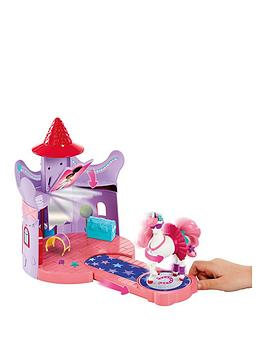 nella-the-princess-knight-nella-the-princess-knight-trinkets-stable-playset