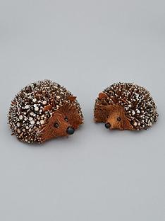 gisela-graham-set-of-2nbspbristle-hedgehogs-christmas-decorations