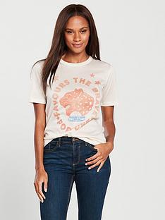maison-scotch-love-logo-printed-t-shirt