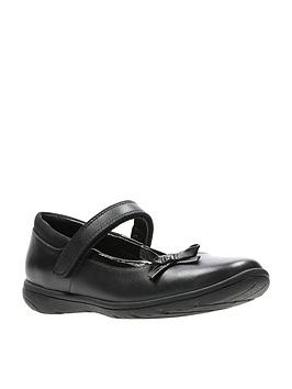 clarks-venture-star-junior-shoe