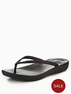 fitflop-iqushion-ergonomic-flip-flops