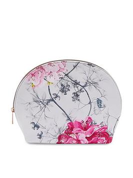 ted-baker-arwen-babylon-dome-washbag