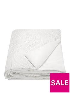 kylie-minogue-renata-bedspread-throw